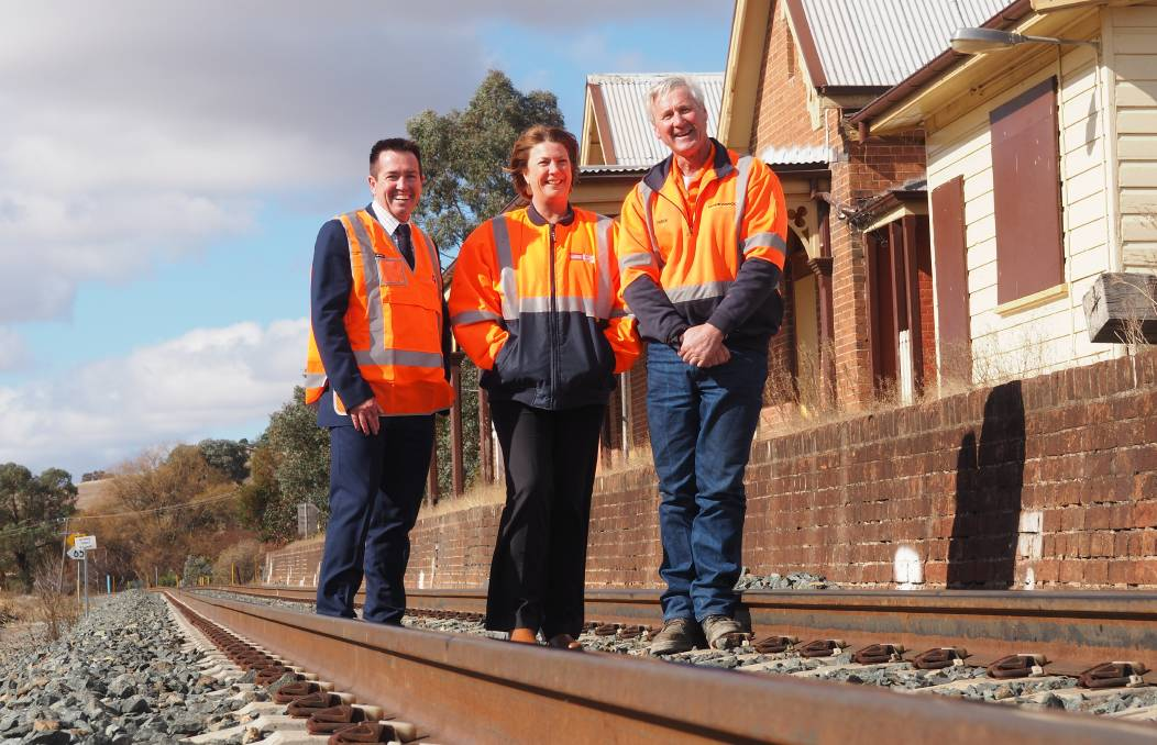 ON TRACK: Bathurst MP Paul Toole, Roads, Maritime and Freight minister Melinda Pavey and transport operator Derek Larnach at Georges Plains.