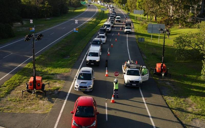 BUILD UP: Checkpoints at the Queensland border are due to end on Monday as COVID case numbers stall in Sydney.